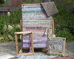 twined rag weaving on frame loom - YouTube